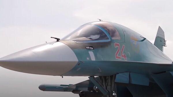 Стрельбы Су-34 на учении под Курганом - Sputnik Абхазия