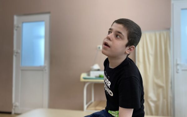 Подопечные фонда АШАНА Братья Паразия - Sputnik Абхазия