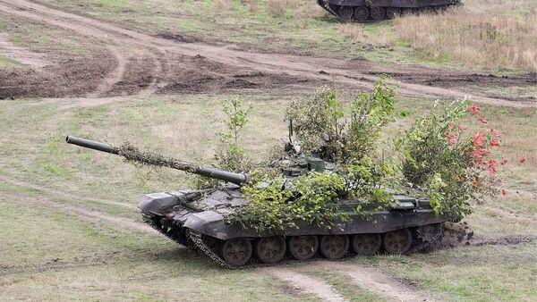 Танкисты ЮВО из Абхазии выполнили стрельбы в Краснодарском крае - Sputnik Абхазия