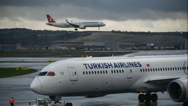 Самолеты авиакомпании Turkish Airlines в Международном аэропорту Стамбул - новый аэропорт в Стамбуле, самый крупный в Турции. - Sputnik Аҧсны