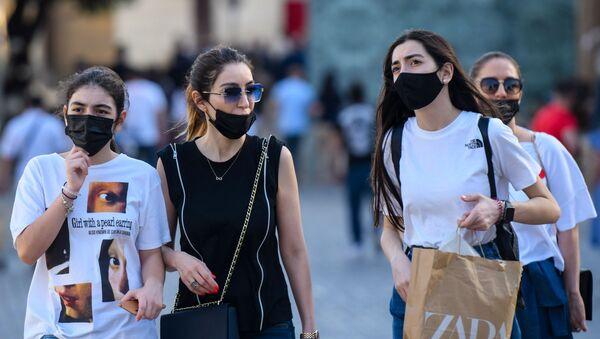 Баку в преддверии отмены масочного режима на открытом воздухе - Sputnik Аҧсны