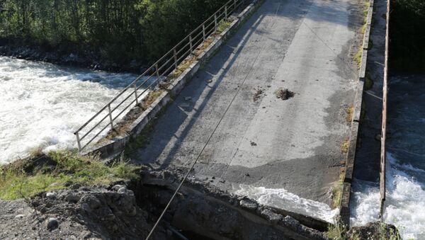 Обрушившийся мост через реку Кодор - Sputnik Аҧсны