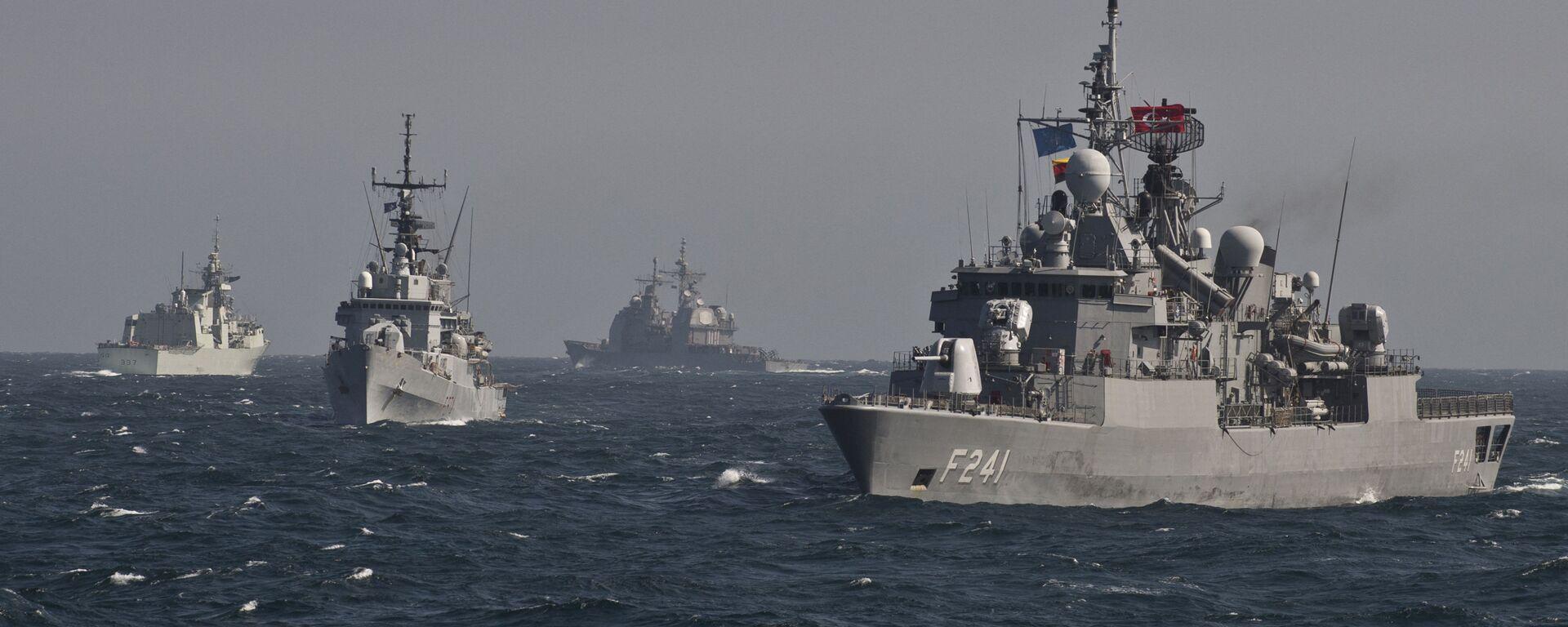 Военные корабли Постоянной морской группы-2 НАТО принимают участие в учениях на Черном море в 60 км от города Констанца - Sputnik Аҧсны, 1920, 24.09.2021