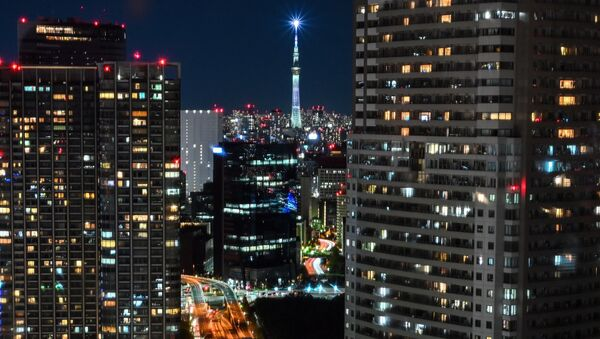 Общий вид зданий и небоскреба Tokyo Skytree (на заднем плане) в Токио 28 ноября 2020 г. - Sputnik Абхазия