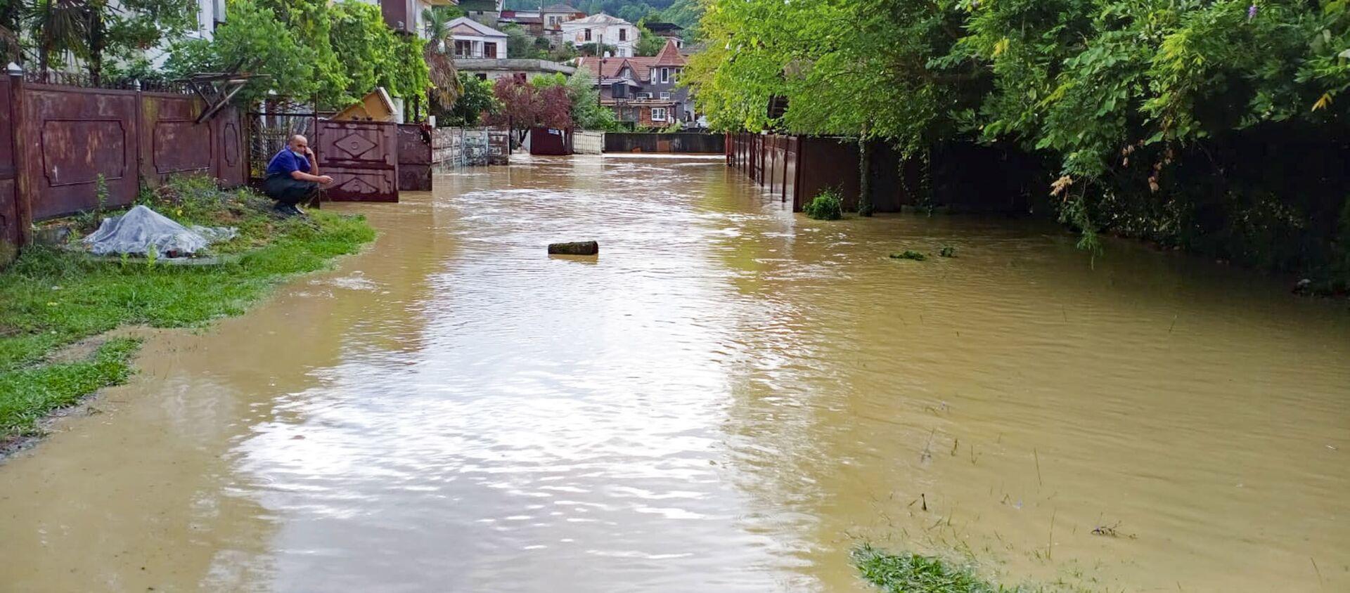 В результате обильных дождей реки вышли из берегов  - Sputnik Абхазия, 1920, 28.07.2021