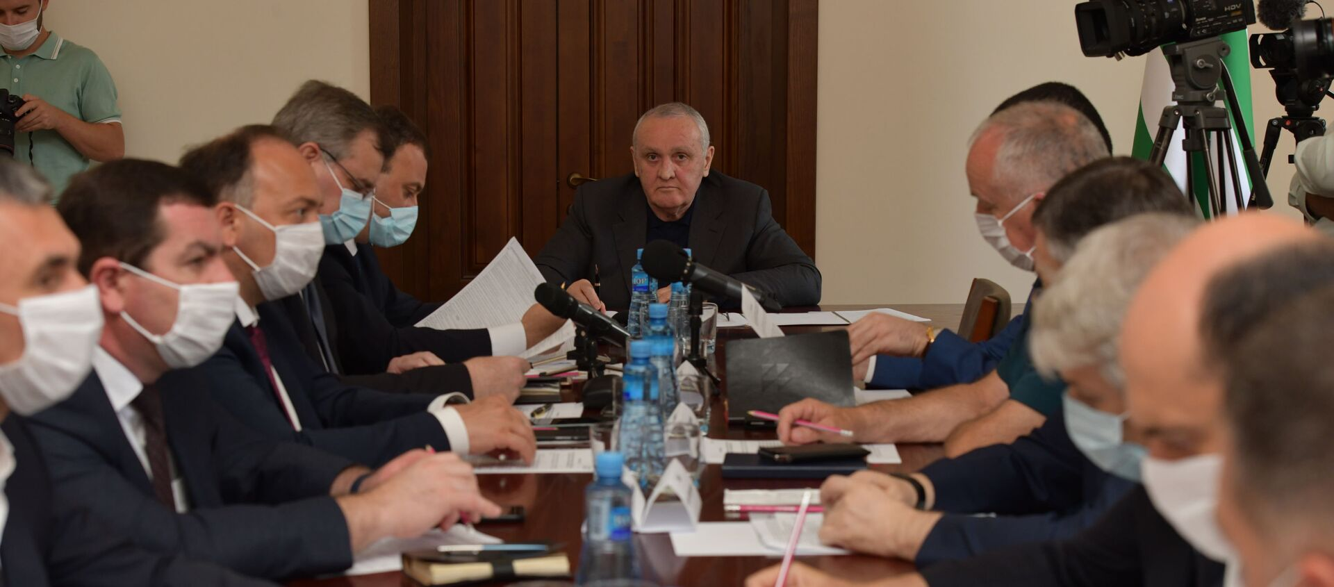 Заседание опершатаба по защите от коронавируса  - Sputnik Абхазия, 1920, 12.08.2021