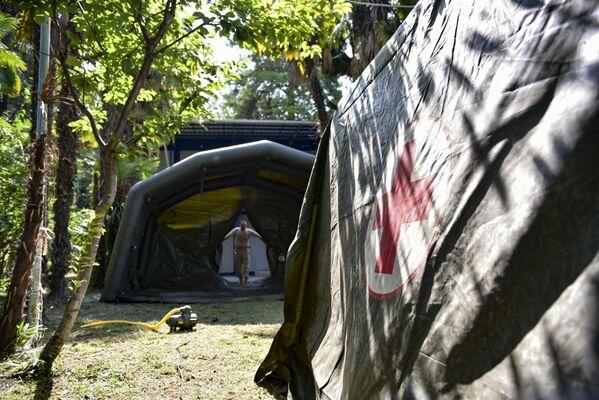 В надувных палатках будут располагаться приемный пункт, кабинет УЗИ и рентген. - Sputnik Абхазия
