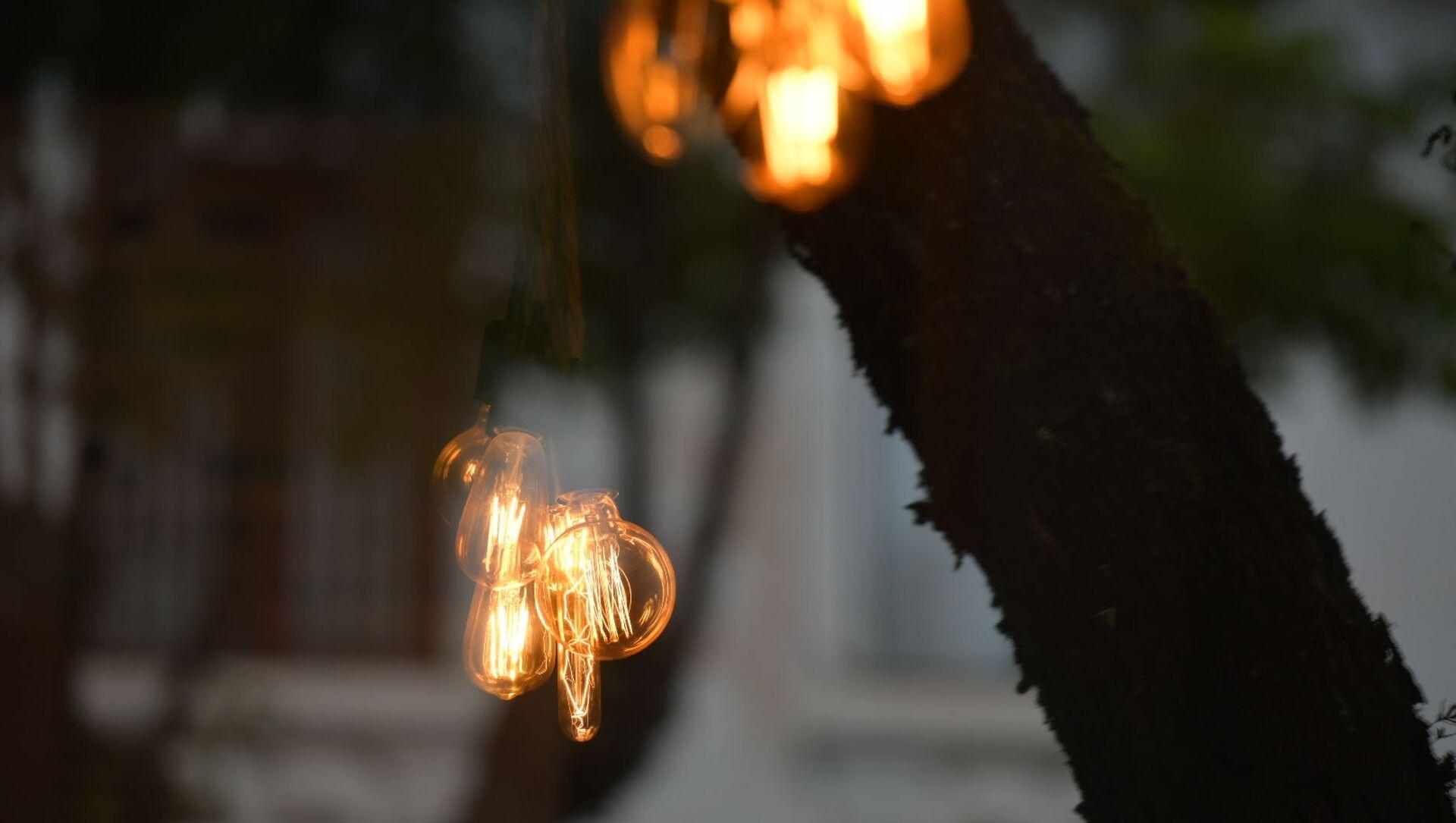 Лампочки  - Sputnik Абхазия, 1920, 07.10.2021