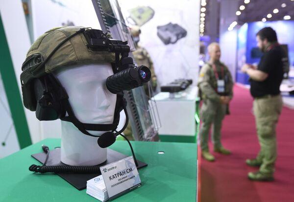 Носимая тепловизионная камера Катран-СМ, представленная в выставочной экспозиции на Международном форуме АРМИЯ-2021 в Конгрессно-выставочном центре Патриот. - Sputnik Абхазия