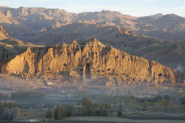Место, где талибами были разрушены Бамианские статуи Будды в Афганистане. - Sputnik Абхазия