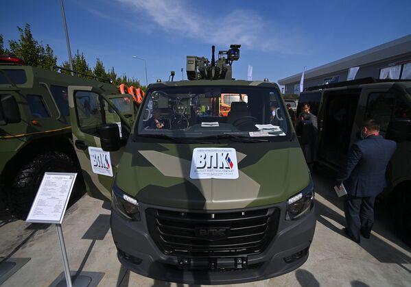 Автомобиль Соболь NN с боевым модулем, представленный на открытой экспозиционной площадке Конгрессно-выставочного центра Патриот в рамках международного военно-технического форума Армия-2021. - Sputnik Абхазия