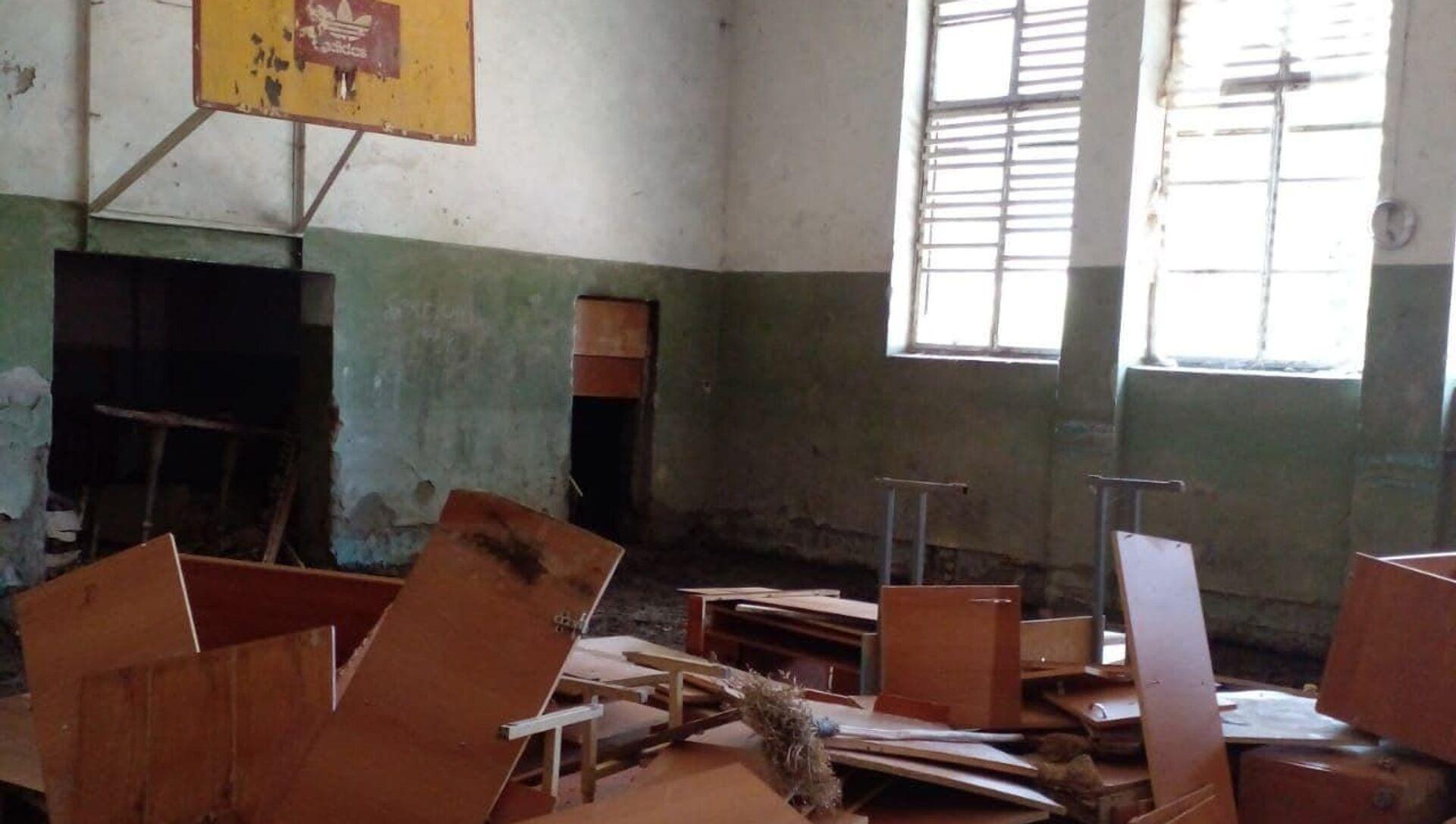 Последствия потопа в школе на Чанба  - Sputnik Абхазия, 1920, 30.08.2021
