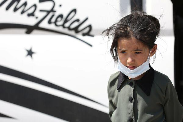 Афганская девочка на границе с Ираном. - Sputnik Абхазия
