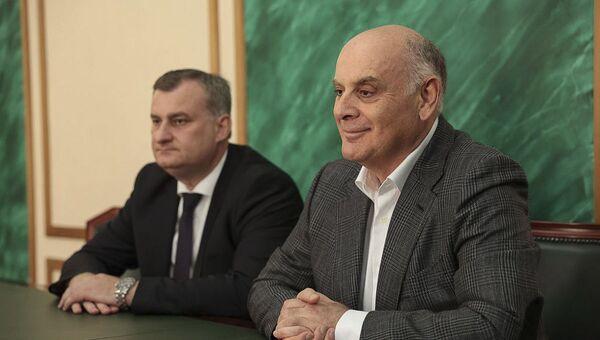 В Абхазию прибыла делегация из Чеченской Республике - Sputnik Аҧсны