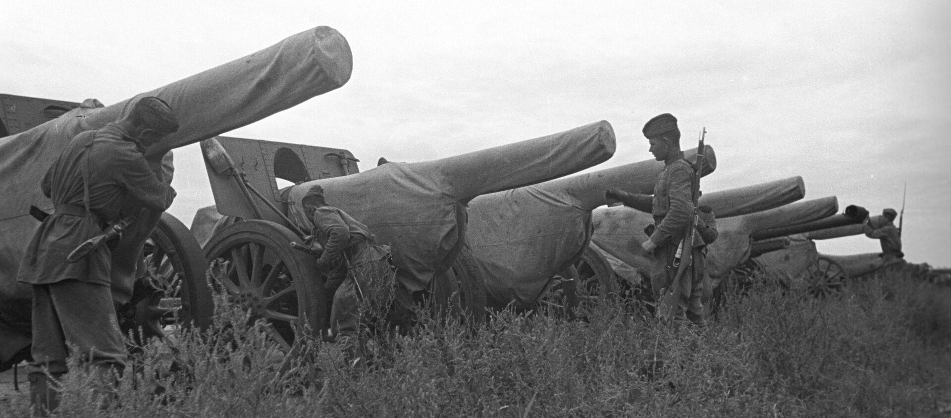 Советско-японская война (9 августа - 3 сентября 1945 года). 2-й Дальневосточный фронт. Японская артиллерия, захваченная советскими войсками. - Sputnik Абхазия, 1920, 08.08.2021