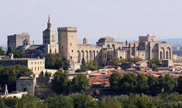 Папский дворец в Авиньоне, Франция. - Sputnik Абхазия