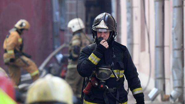 Пожар в доме на Лиговском проспекте - Sputnik Аҧсны