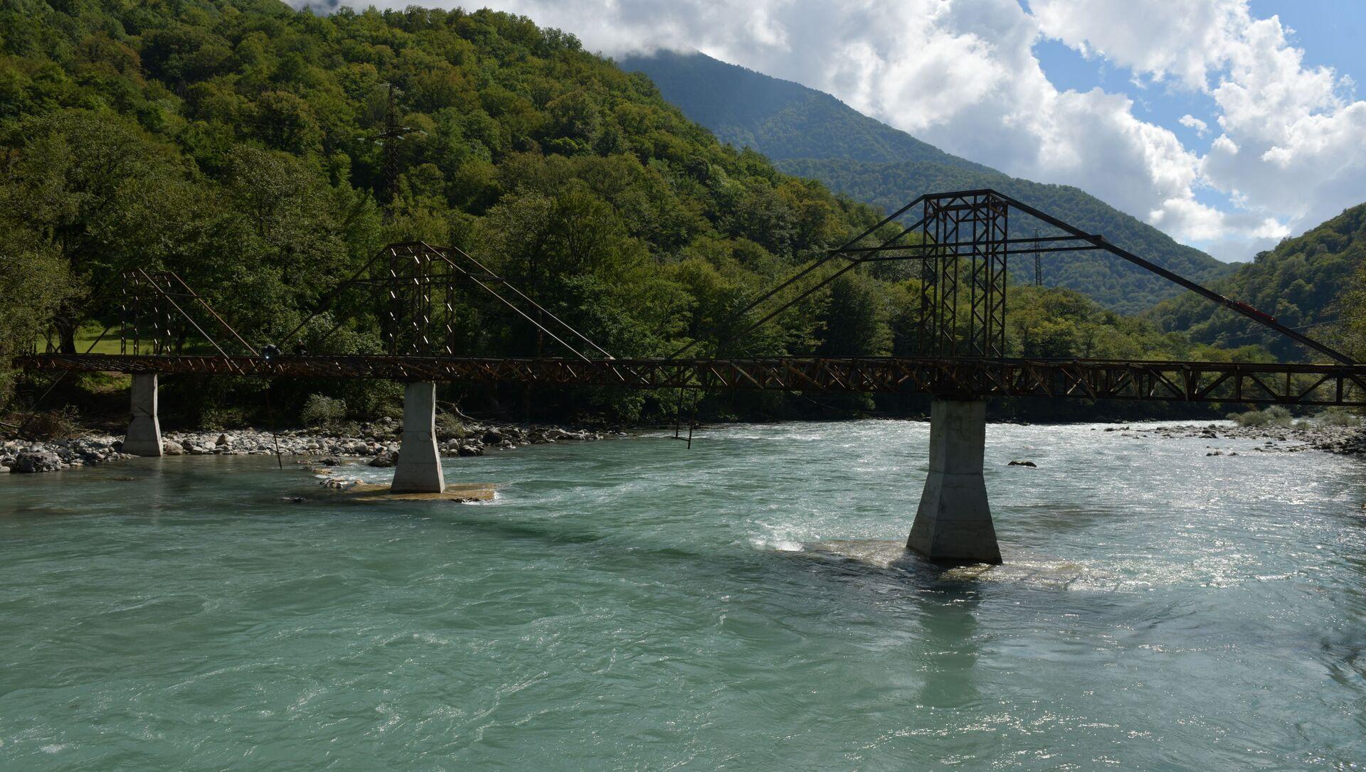 Стеклянный мост  - Sputnik Абхазия, 1920, 08.09.2021