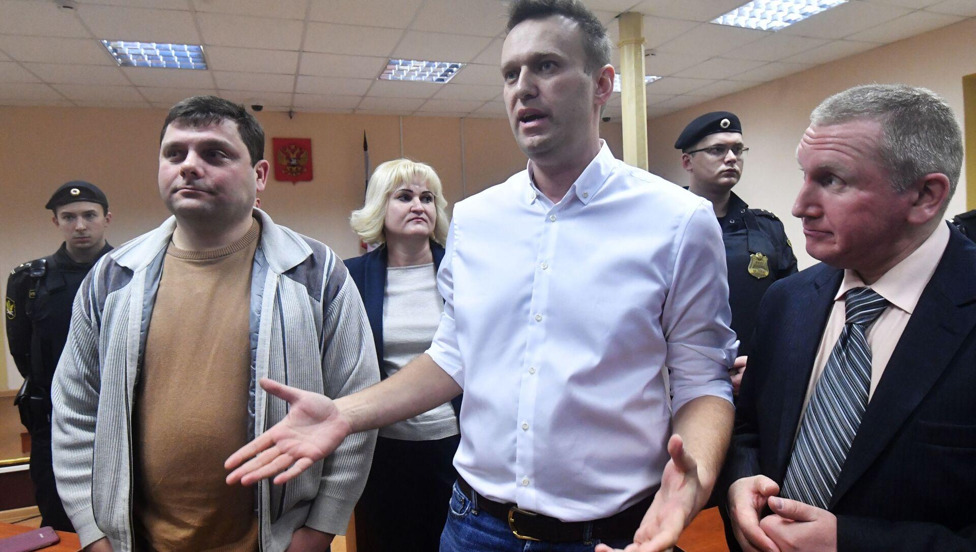 Оглашение приговора Алексею Навальному - Sputnik Абхазия, 1920, 08.09.2021