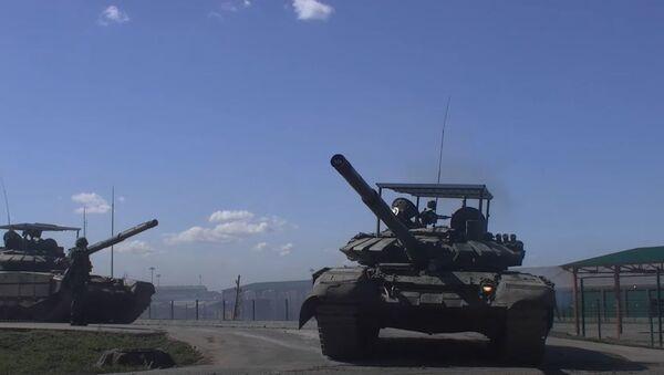 100-километровый марш мотострелков ЮВО - Sputnik Абхазия