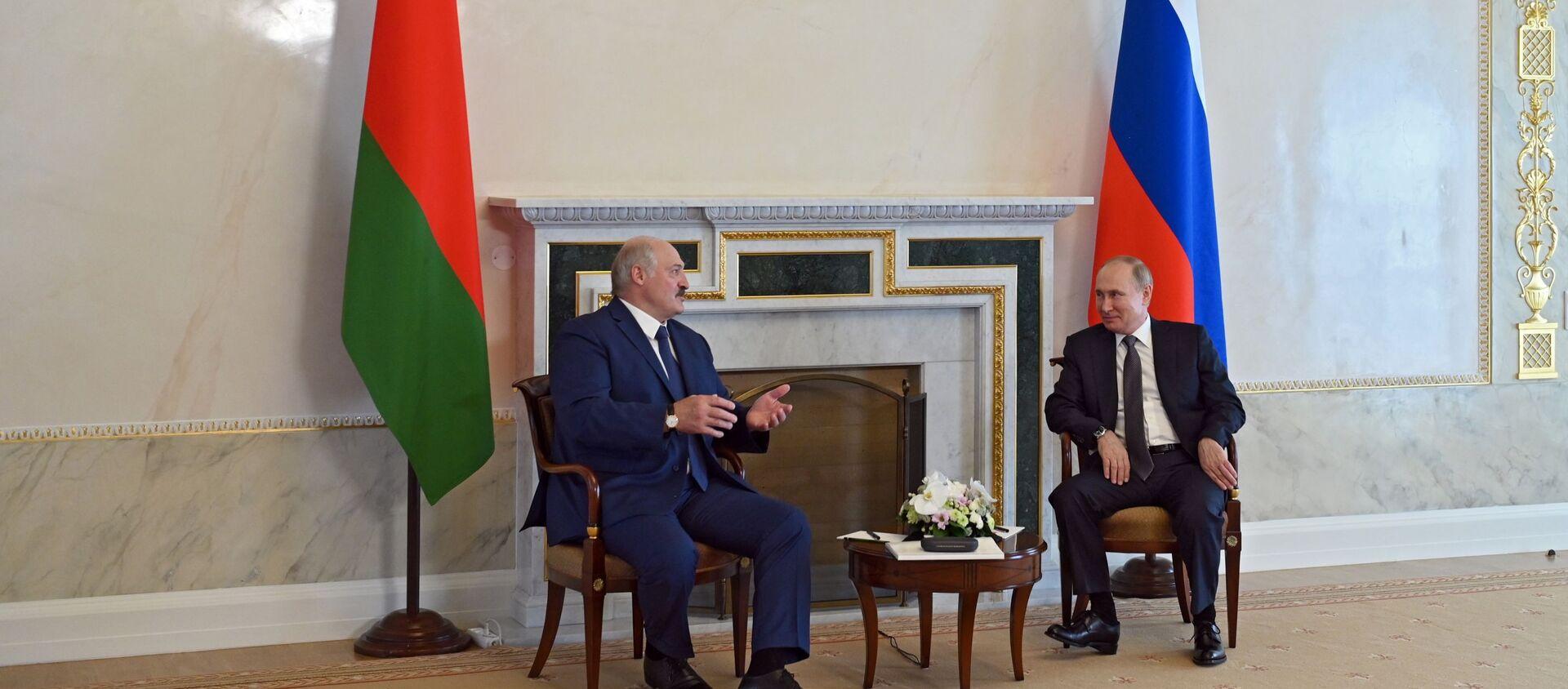 Рабочая встреча президента РФ В. Путина с президентом Белоруссии А. Лукашенко - Sputnik Абхазия, 1920, 09.09.2021
