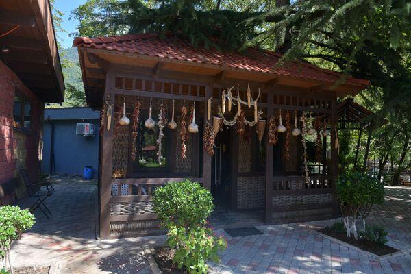Апацха – плетенная абхазская национальная кухня.  - Sputnik Абхазия