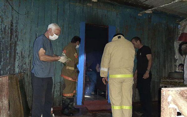 Женщина погибла в результате пожара в частном доме в Очамчыре - Sputnik Абхазия