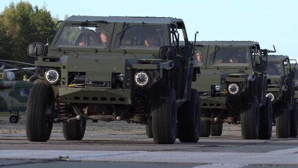 Применение новейших легких багги «Сармат-2» в ходе ССУ «Запад-2021» на полигоне Мулино - Sputnik Абхазия