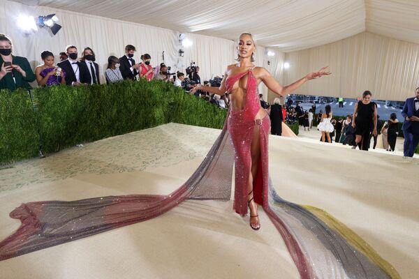 Saweetie на Met Gala 2021 в Нью-Йорке. - Sputnik Абхазия