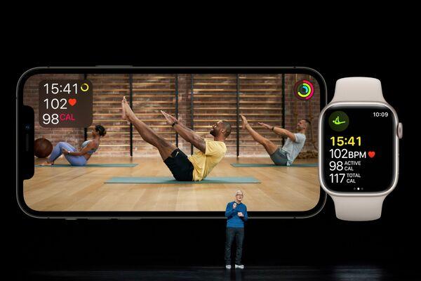 Генеральный директор Apple Тим Кук во время презентации Apple Fitness+. - Sputnik Абхазия