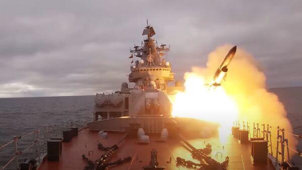 Стрельбы кораблей Северного флота в Баренцевом море - Sputnik Абхазия