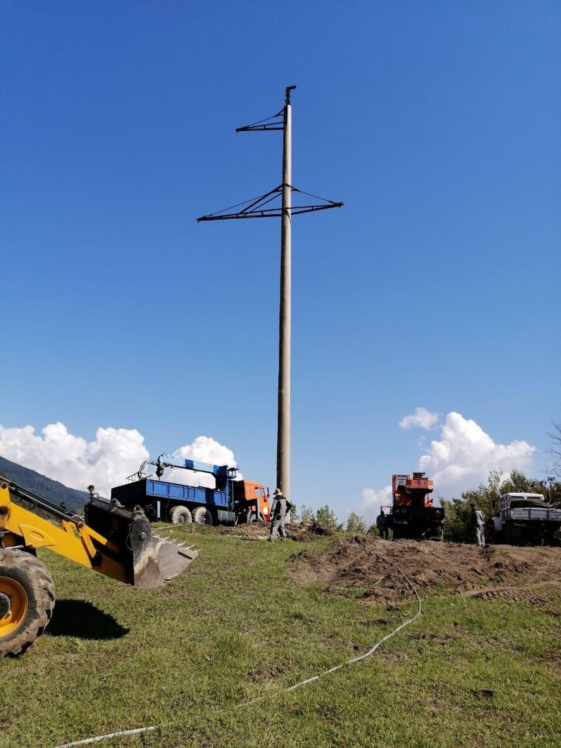 Энергетики продолжают ремонтные работы на ВЛ Псоу - Sputnik Абхазия, 1920, 12.10.2021
