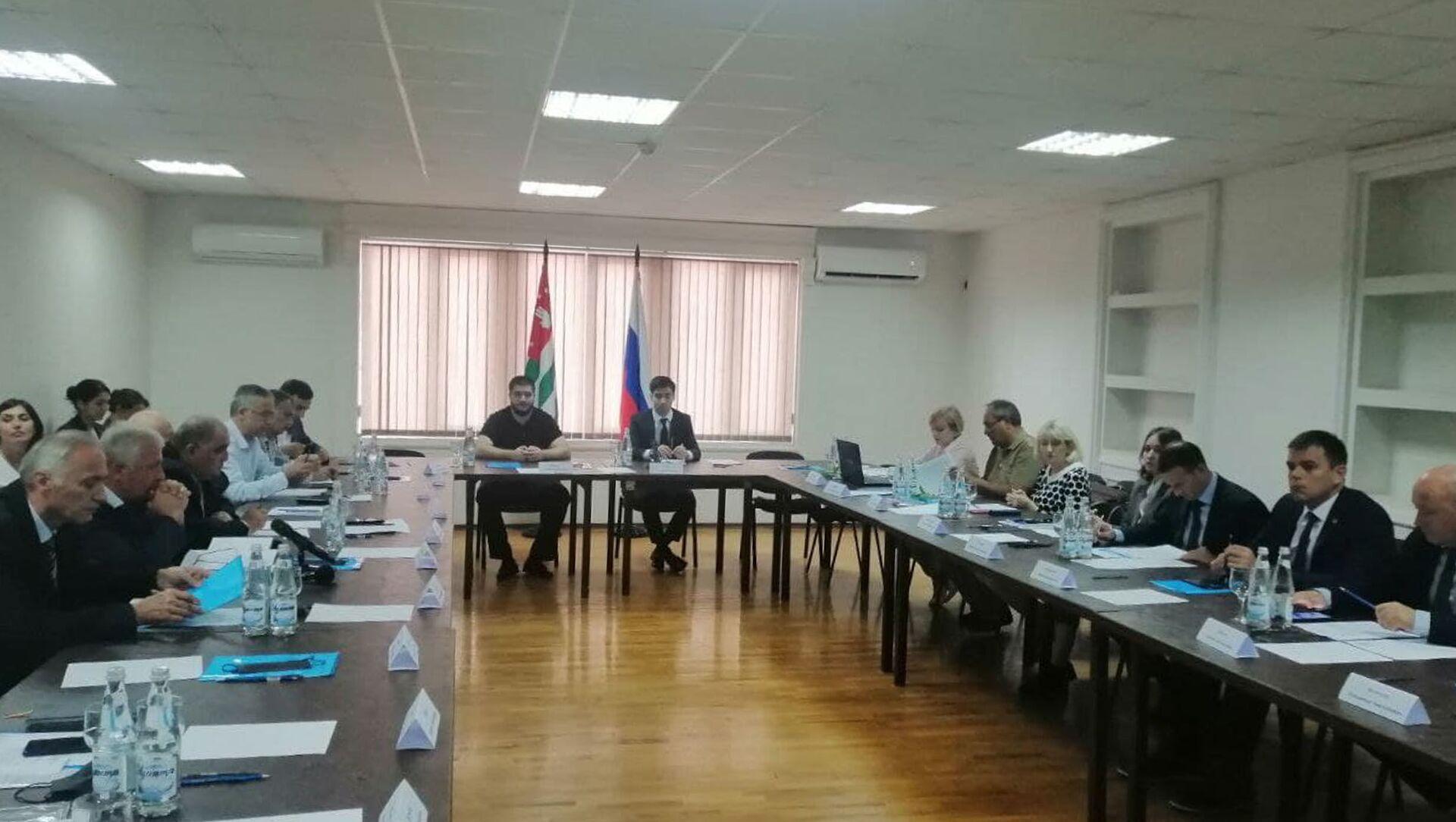Седьмая сессия Абхазо-Российской комиссии по рыбному хозяйству - Sputnik Абхазия, 1920, 16.09.2021