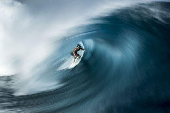 Снимок фотографа Ben Thouard, победивший в категории Adventure Photographer of the Year конкурса Ocean Photographer of the Year 2021 - Sputnik Абхазия