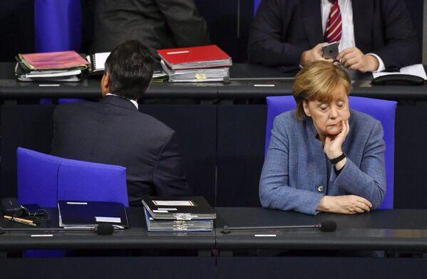 Канцлер Германии Ангела Меркель в Бундестаге. - Sputnik Абхазия