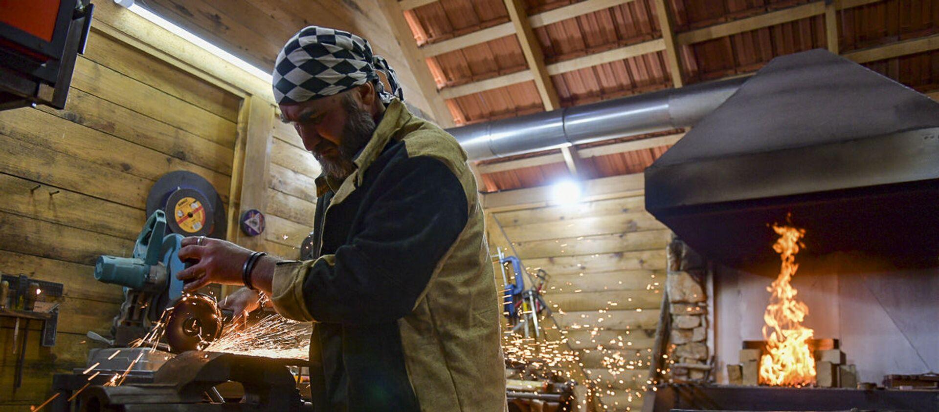 Фестиваль кузнецов-оружейников в селе Мгудзырхуа - Sputnik Абхазия, 1920, 26.09.2021