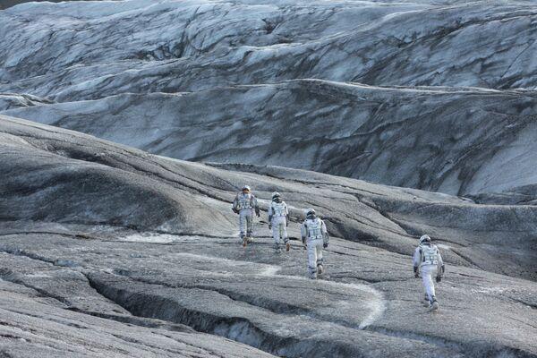 Кадр из фильма Интерстеллар, который снимали в южной части Исландии, на леднике Снайфедльсйёкюдль. - Sputnik Абхазия