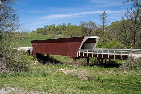 Кедровый мост округа Мэдисон, США. - Sputnik Абхазия