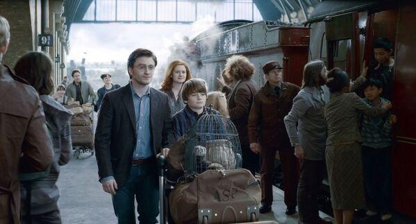 Кадр из фильма Гарри Поттер и Дары Смерти на железнодорожной станции Кингс-Кросс в Лондоне. - Sputnik Абхазия