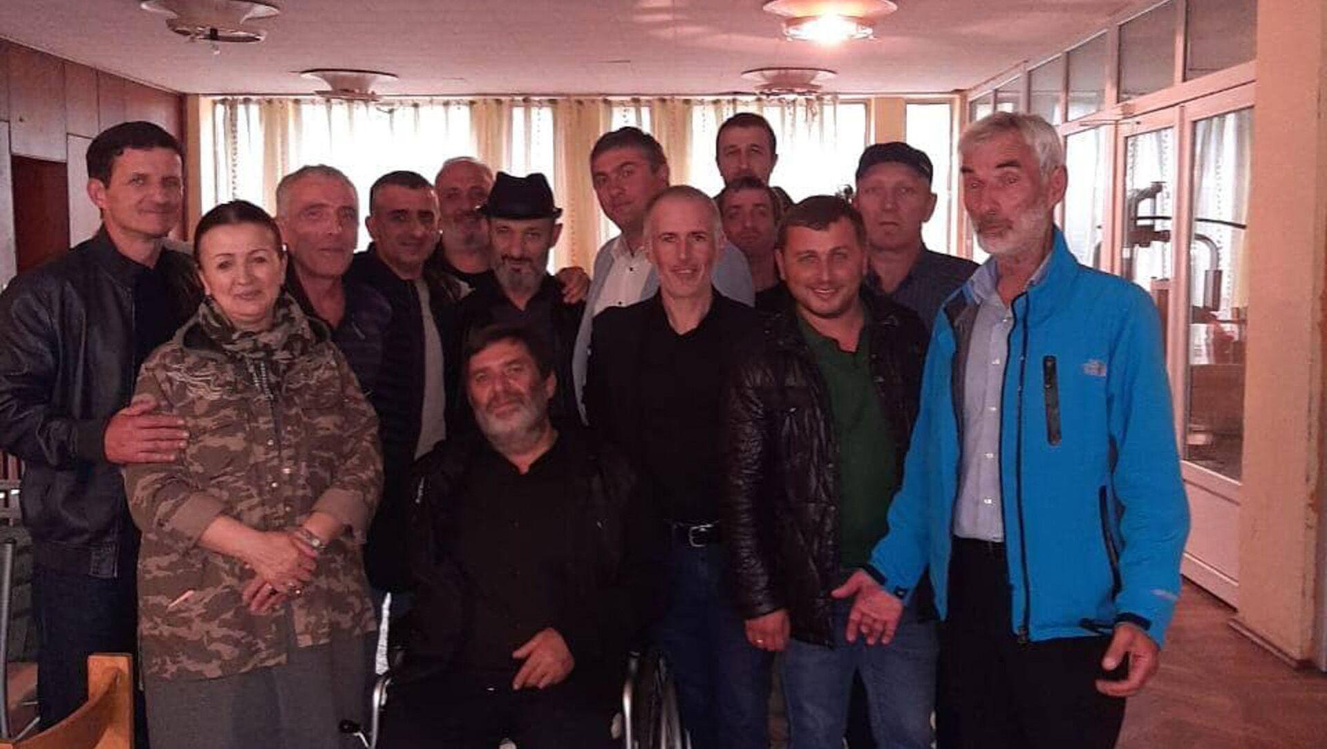 Члены сообщества водителей Абхазии собрали деньги для инвалидов войны ко Дню Победы   - Sputnik Аҧсны, 1920, 28.09.2021