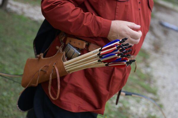У каждого лучника своя расцветка стрел, для того чтобы избежать путаницы.  - Sputnik Абхазия