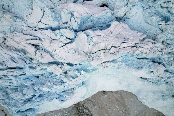 Вид сверху на ледник Экип Сермия в Гренландии - Sputnik Абхазия