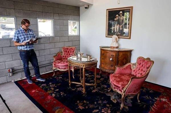 Мебель и произведения искусства, принадлежавшие американскому гангстеру Аль Капоне. - Sputnik Абхазия