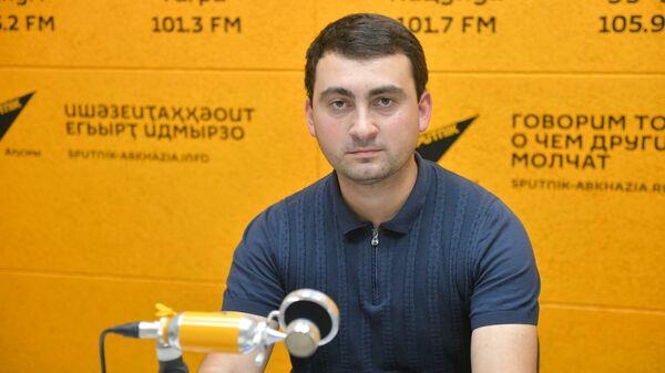 Такие обстоятельства: Блабба о подготовке абхазских энергетиков к зиме - Sputnik Абхазия