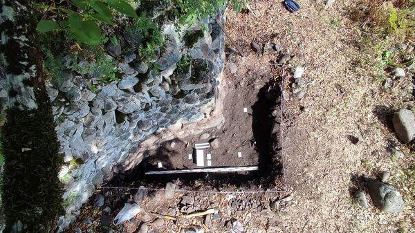 Абхазские ученые впервые приступили к раскопкам Кодорской крепости - Sputnik Абхазия