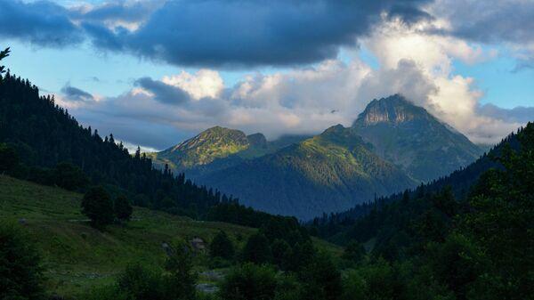 Горные пейзажи Абхазии   - Sputnik Абхазия