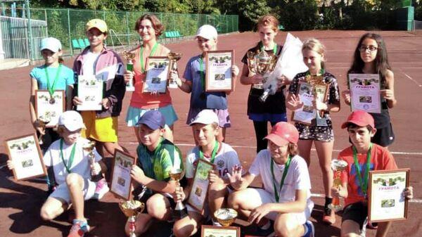 Турнир Российского теннисного тура Золотая Осень. - Sputnik Аҧсны