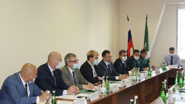 В г. Сочи обсудили вопросы таможенного сотрудничества в период сельскохозяйственного сезона  - Sputnik Аҧсны