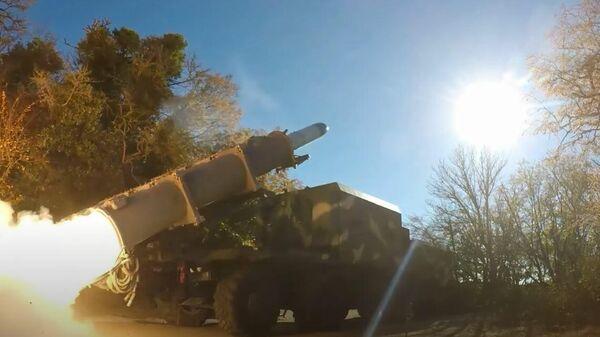 Черноморский флот провёл ракетные стрельбы из комплексов Бал и Утёс — видео  - Sputnik Абхазия