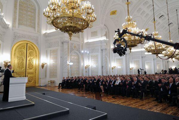 Обращение президента РФ В.Путина с ежегодным посланием к Федеральному Собранию - Sputnik Абхазия